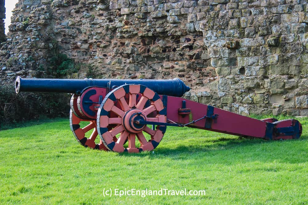 A Tudor cannon marked with the insignia of Queen Elizabeth the I.